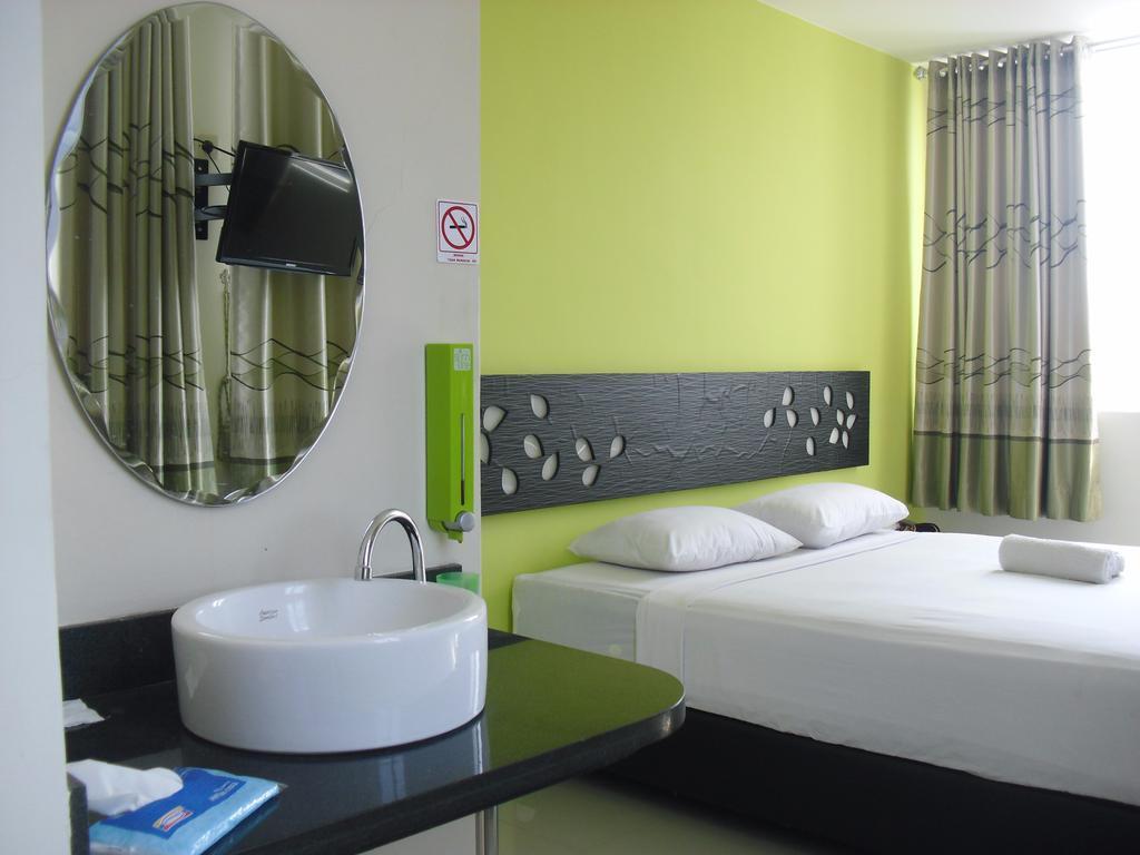 4 Hotel Murah Bagus Dekat Taman Rekreasi Tlogomas Malang Berjarak