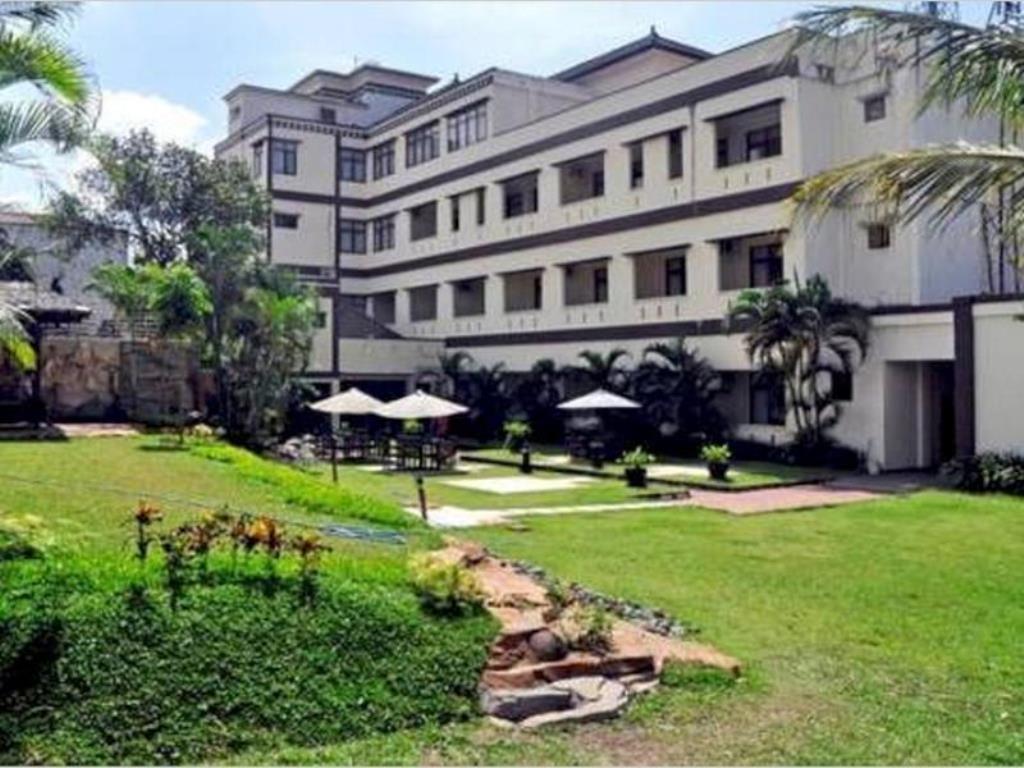 4 Hotel Murah Bagus Dekat Taman Rekreasi Tlogomas Malang Universitas