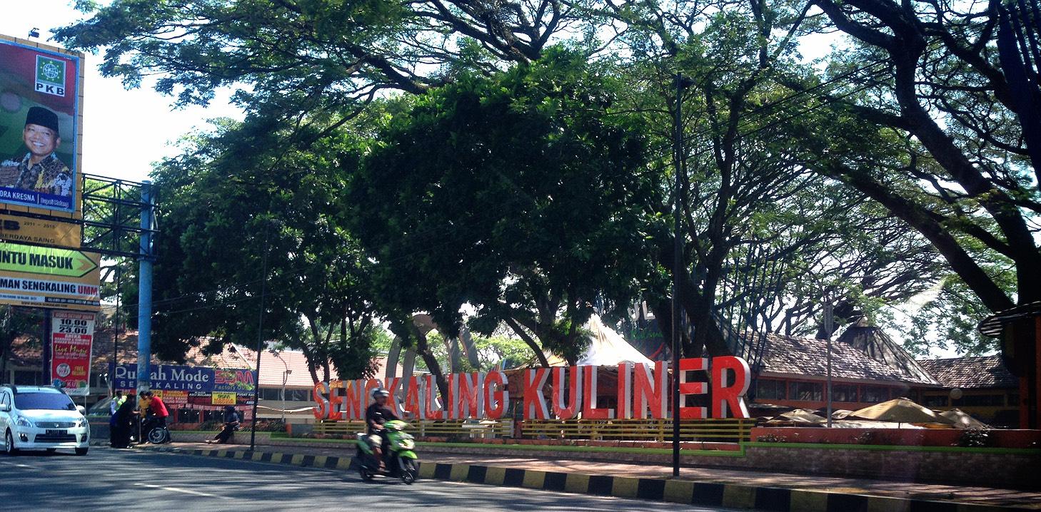 Holiyah Jas Merah Kampus Putih Bookstore Terletak Jl Raya Tlogomas