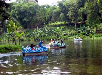 Pemandian Tlogomas Tourism Malang Terletak Kelurahan Kota Lokasinya Berada Tengah