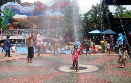 Taman Rekreasi Sengkaling Batu Malang Gita Wisata Permainan Air Kab
