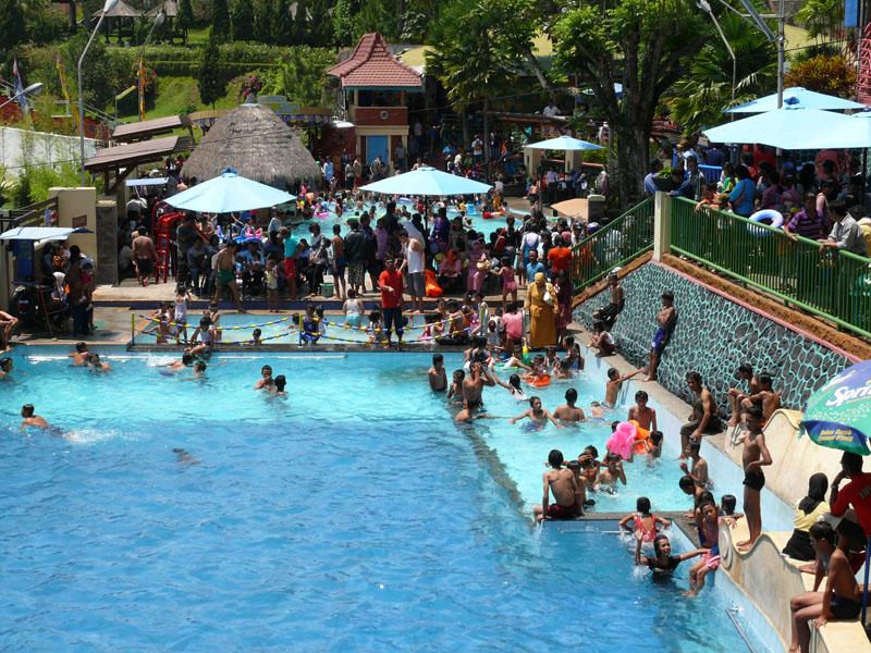 Taman Rekreasi Sengkaling Food Festival Raja Gombal Kab Malang