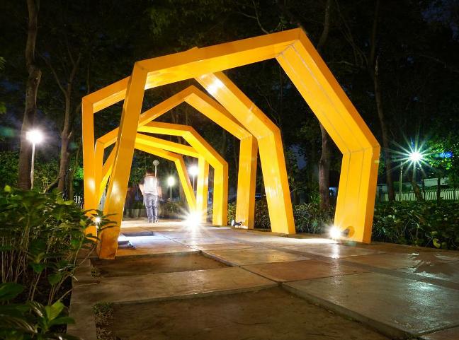 Taman Slamet Kesejukan Tengah Hiruk Kota Malang Mbois Spot Lorong
