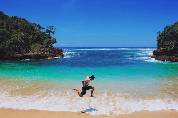 3 Teluk Tersembunyi Malang Badrul Mozila Asmara Asri Bidadari Pantai