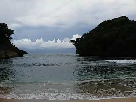 Keseruan Pantai Mbehi Rante Wulung Teluk Bidadari Malang Indonesia Kab