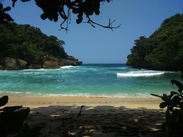 Pantai Mbehi Malang Teluk Bidadari Cantik Langkah Kecilku Kab