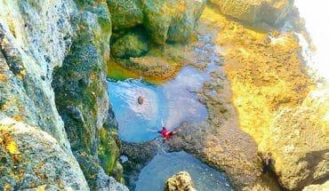 Teluk Bidadari Keindahan Kolam Air Alami Unik Malang Selatan Pantai