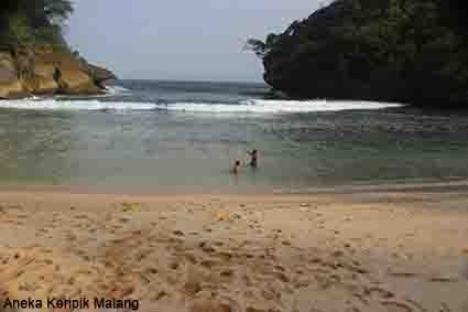 Teluk Bidadari Keripik Kripik Oleh Khas Kuliner Tepatnya Lokasi Pantai