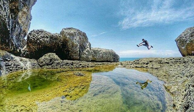 Teluk Bidadari Pesona Terbaru Malang Selatan Traveling Yuk Pantai Mbehi