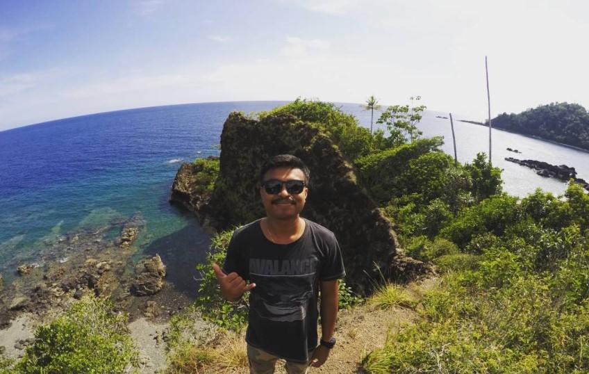 19 Tempat Wisata Ambon Maluku Hits Dikunjungi Pantai Hukurila Itawaka