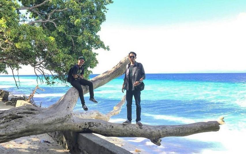 19 Tempat Wisata Ambon Maluku Hits Dikunjungi Pantai Liang Itawaka