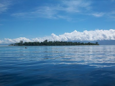 Cagar Alam Taman Wisata Pulau Pombo Johnalexiss Blog Pantai Itawaka
