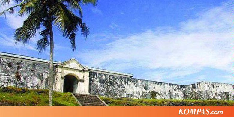 Saparua Wisata Nostalgia Turis Eropa Kompas Pantai Itawaka Kab Maluku