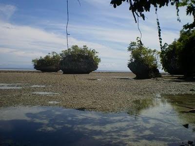 Titawaka Itawaka Negeriku Batu Kapal Pantai Kab Maluku Tengah