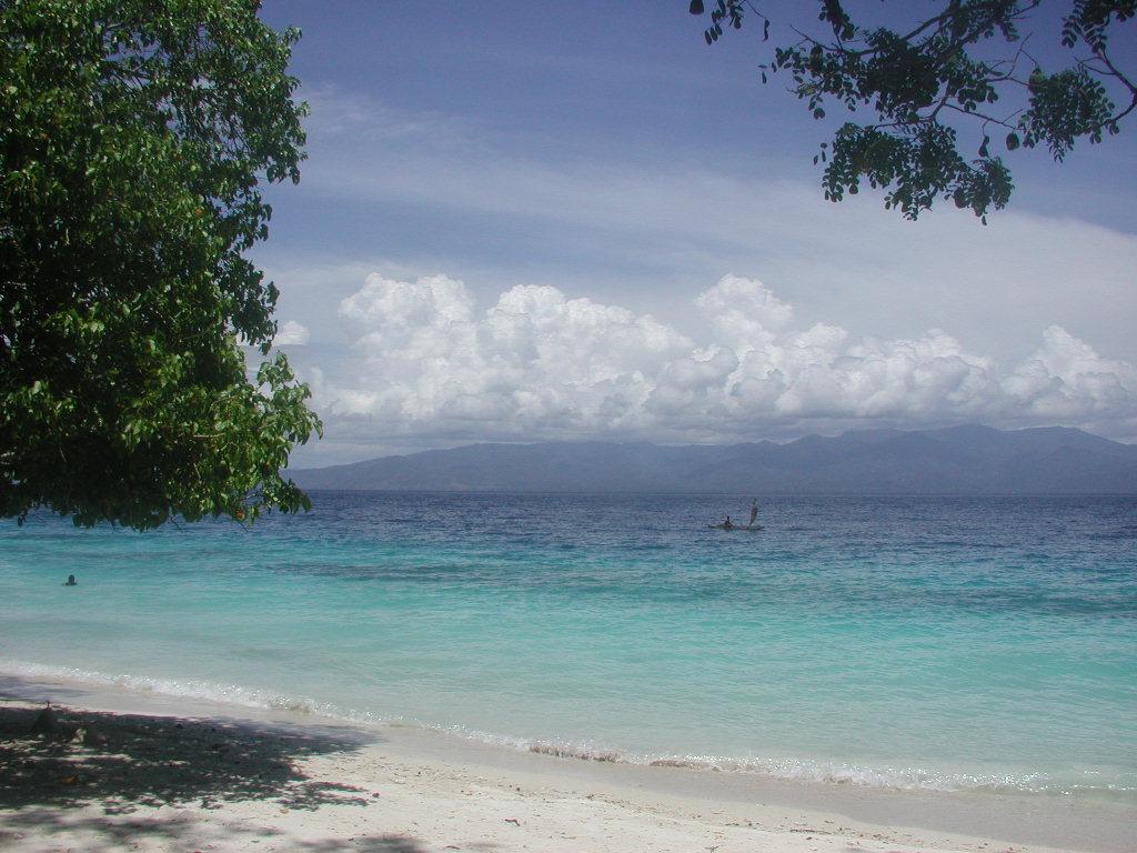 Info Maluku Pantai Liang Terindah Indonesia Tengah Sirsaoni Kab