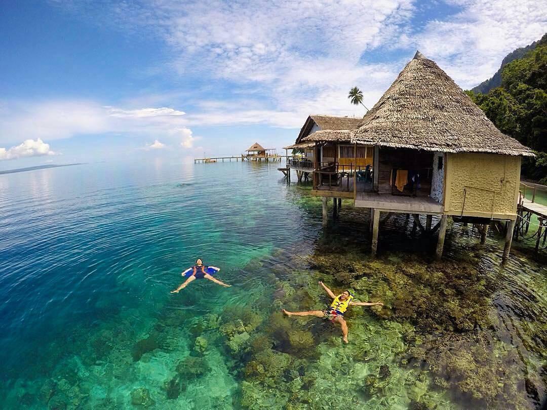 Romantisme Keindahan Laut Pantai Ora Maluku Tengah Sirsaoni Kab