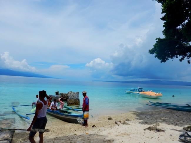 Wisata Kuliner Pantai Liang Maluku Tengah Tempat Tepat Mencari Kedamaian