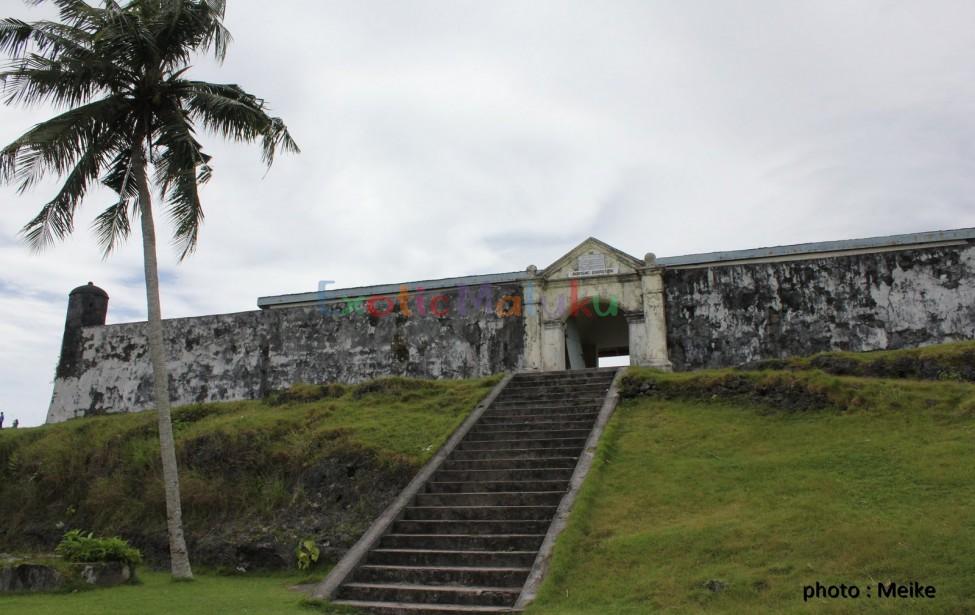 Exoticmaluku Detail Objek Wisata Benteng Raksasa Berukuran 800 M2 Terletak