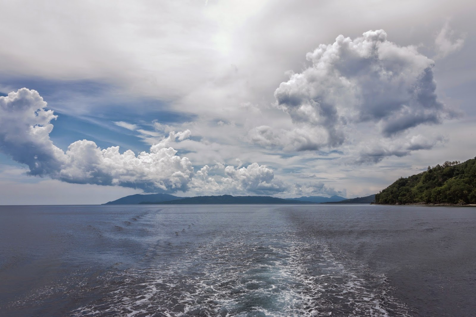 Negeri Ulath Ouw Saparua Maluku Tengah Manise Menuju Pantai Wasisil