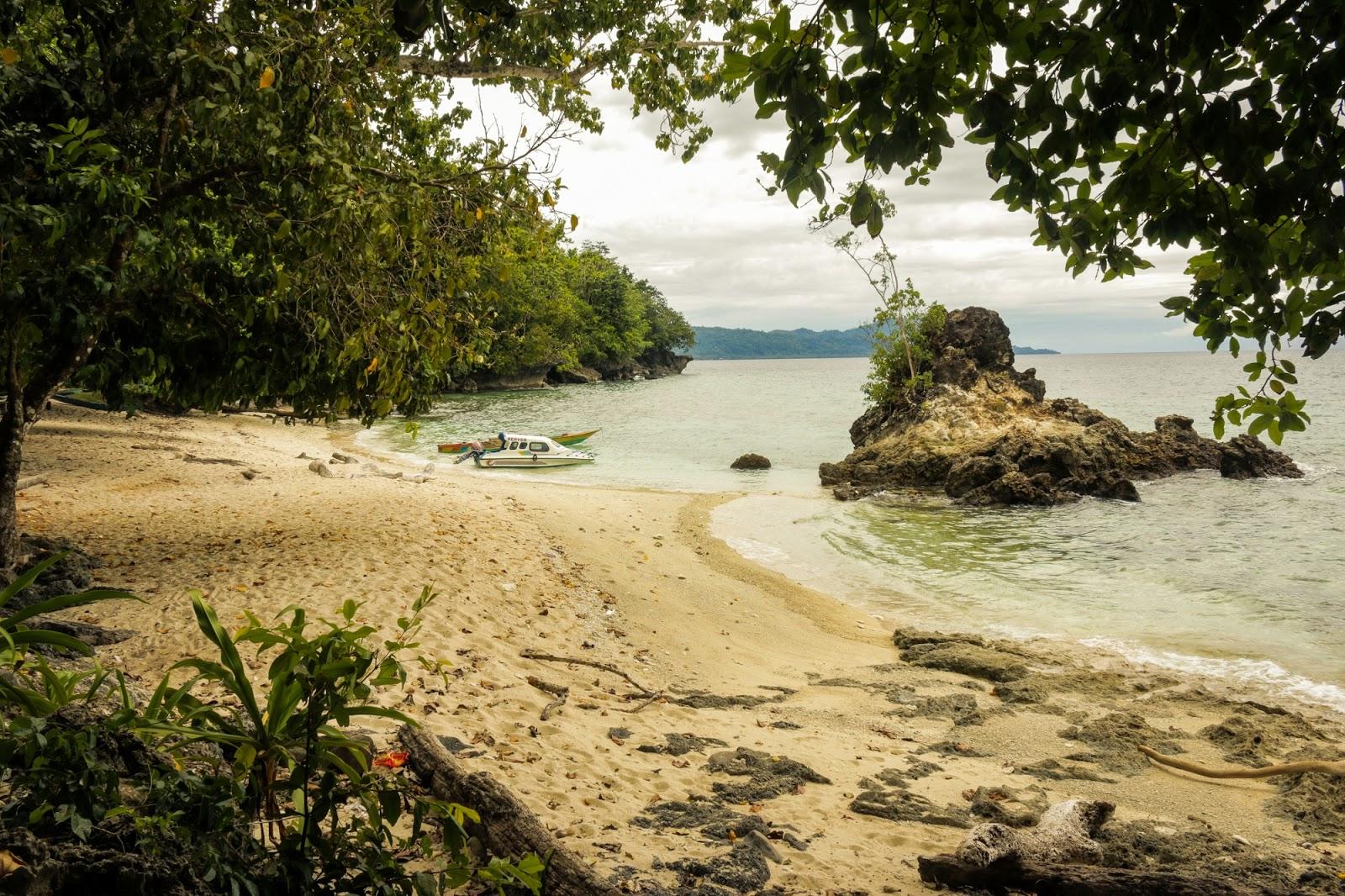 Negeri Ulath Ouw Saparua Maluku Tengah Manise Pantai Motoni Wasisil