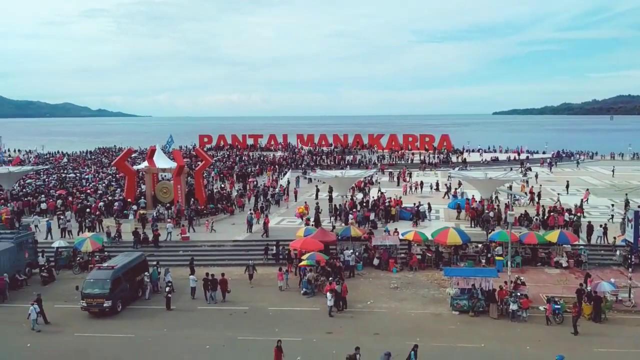 Mamuju Anjungan Pantai Manakarra Indah Ramai Ketinggian Youtube Kab