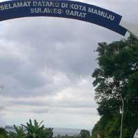 Obyek Wisata Sekitar Mamuju Utiket Pantai Manakarra Kab