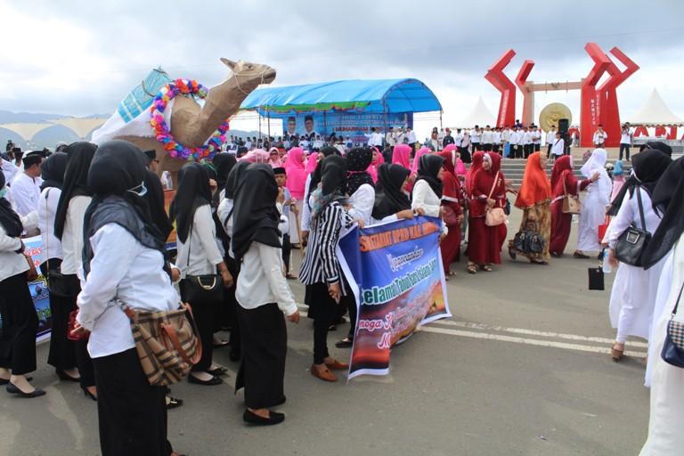 Pawai Meriahkan Islam Anjungan Manakarra Katinting Sekertariat Dprd Kabupaten Mamuju