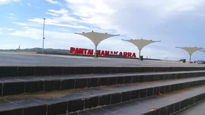 Pemkab Mamuju Gelar Salat Idulfitri Anjungan Pantai Manakarra Kab