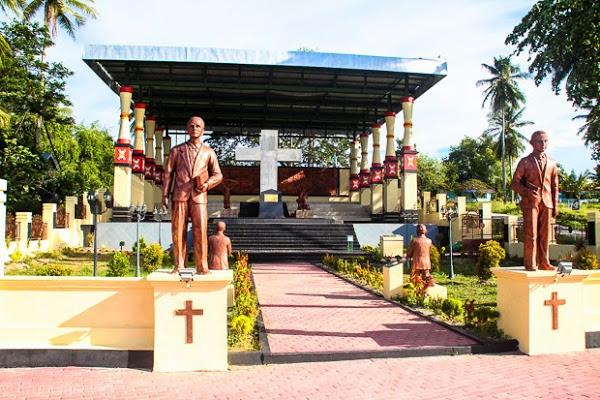 Kabupaten Manokwari Badan Penghubung Provinsi Papua Barat Tugu Peringatan Pulau