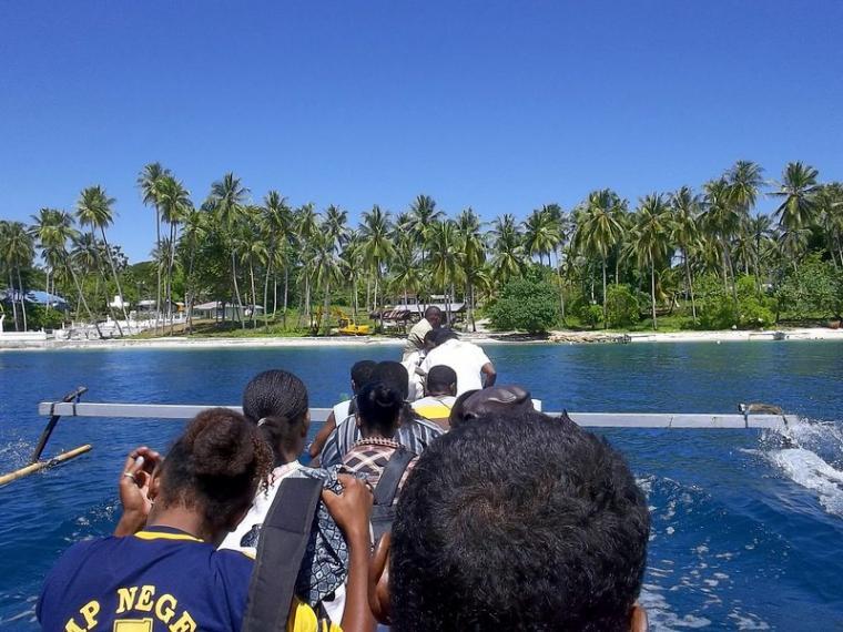 Mansinam Pulau Wisata Religi Tanah Papua Oleh Kanis Wk Kab