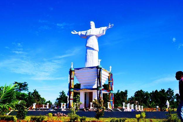 Situs Religius Pulau Mansinam Tak Terawat Suara Pembaruan Patung Yesus