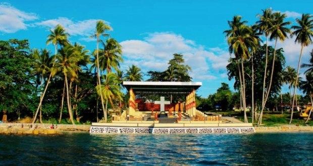 Tim 21 Serahkan Draft Raperda Kota Injil Cahaya Papua Pulau