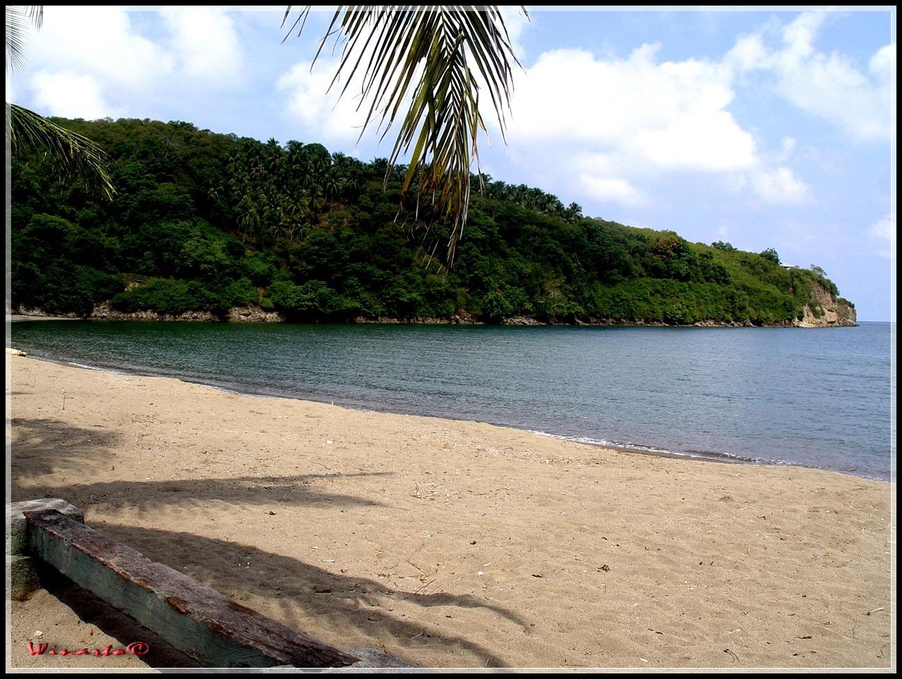 Berkas Teluk Buyat Jpg Wikipedia Bahasa Indonesia Ensiklopedia Bebas Pantai