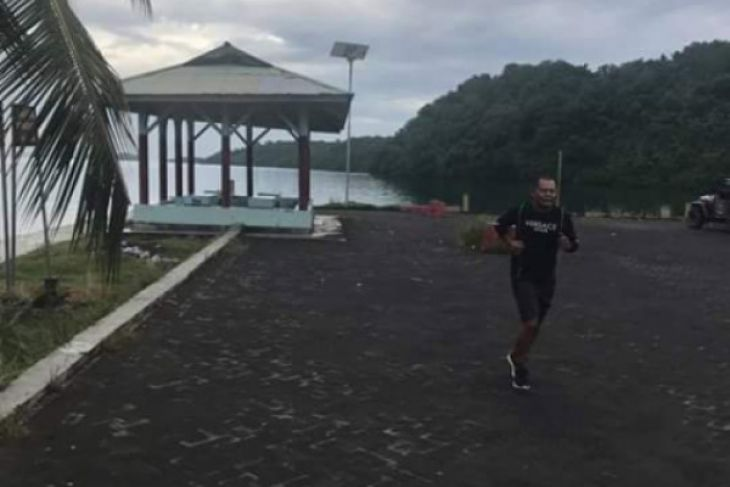 Pantai Lakban Mitra Tempat Wisata Sambil Olahraga Antara News Ketua