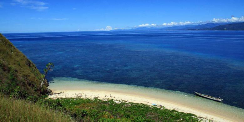 Menyatu Sulawesi Utara Keindahan Alam Kekayaan Pantai Indah Pulau Tumbak