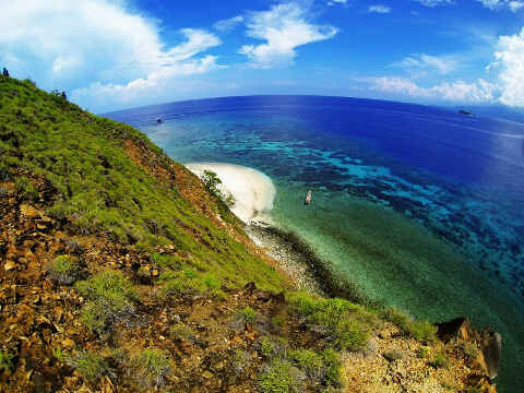 Tumbak Permata Tersembunyi Minahasa Tenggara Pulau Baling Desa Taman Laut