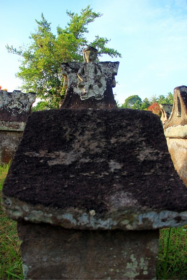Indonesiakaya Eksplorasi Budaya Zamrud Khatulistiwa Waruga Tidak Dibuat Oleh Kerabat