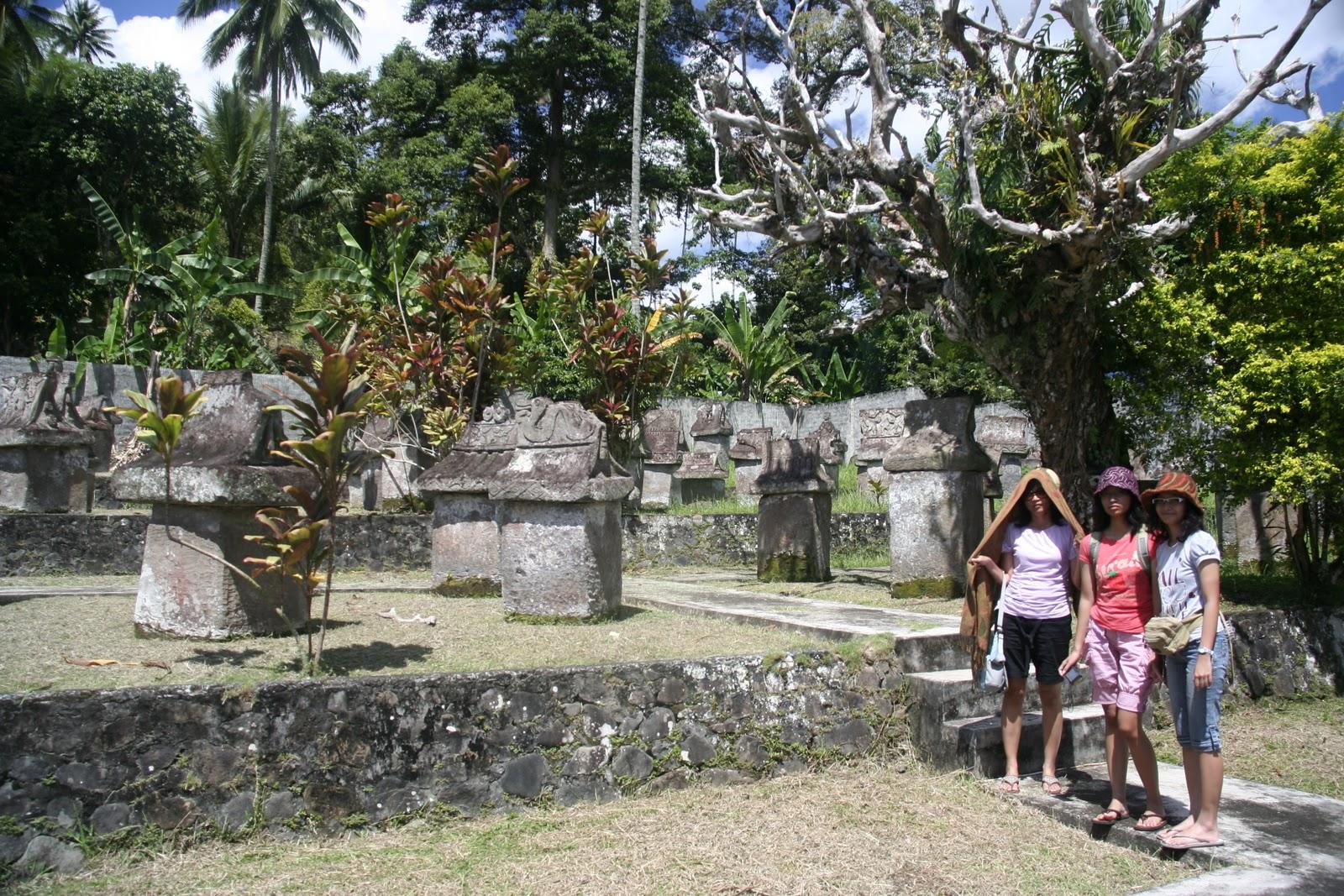 Megalithicum Heritage Taman Waruga Sawangan Minahasa People Complex Village Situs