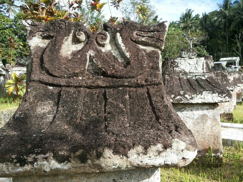 Sepasang Sepatu Hidup Kubur Batu Waruga Jejak Mahakarya Zaman Megalitik