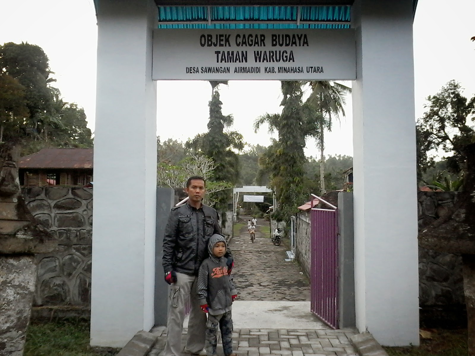 Taman Waruga Desa Sawangan Tombatu Tonsawang Tuama Toundanouw Posted Galeri