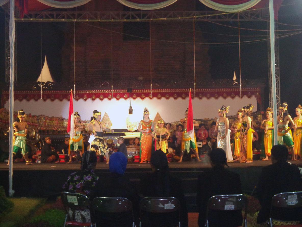 Pagelaran Ketoprak Wayang Kulit Candi Brahu Balai Bpcb Mojokerto Pelestarian