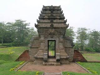 Candi Jedong Peninggalan Mataram Kuno Majapahit Kab Mojokerto