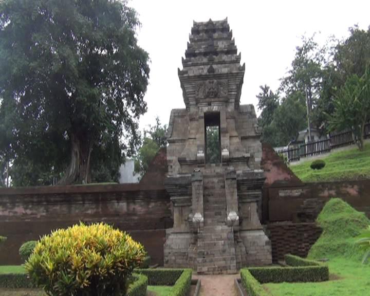Candi Jedong Simbol Kejayaan Kerajaan Majapahit Terlupakan Kab Mojokerto