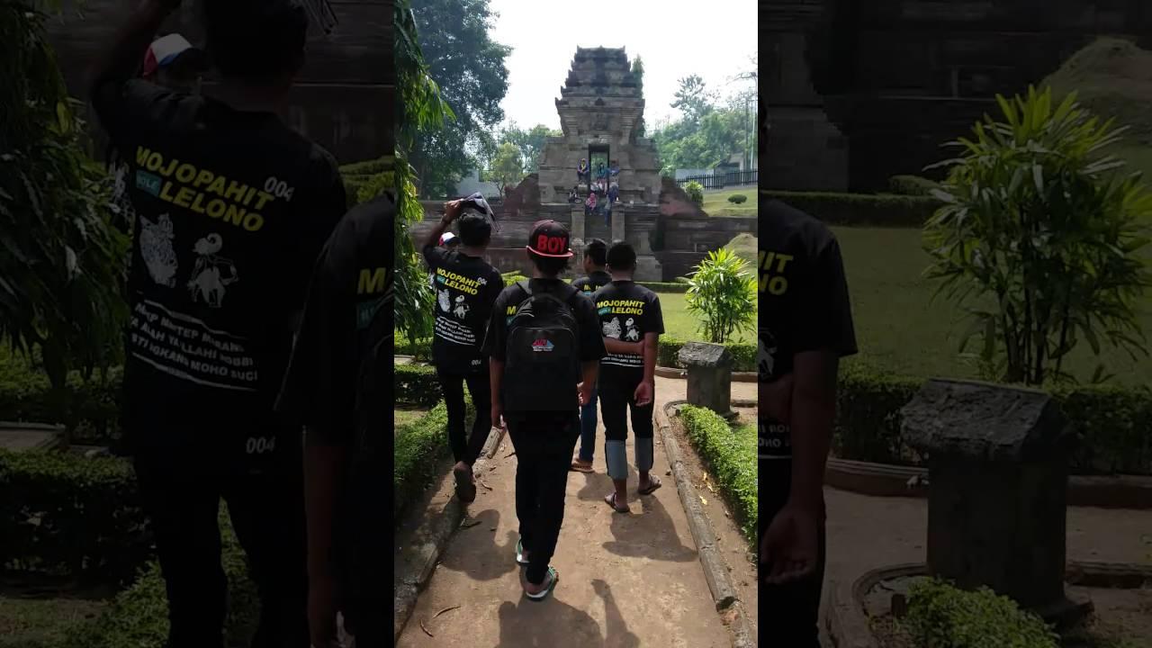 Gapuro Jedong Terletak Desa Wotanmas Kecamatan Ngoro Kabupaten Mojokerto Jawa