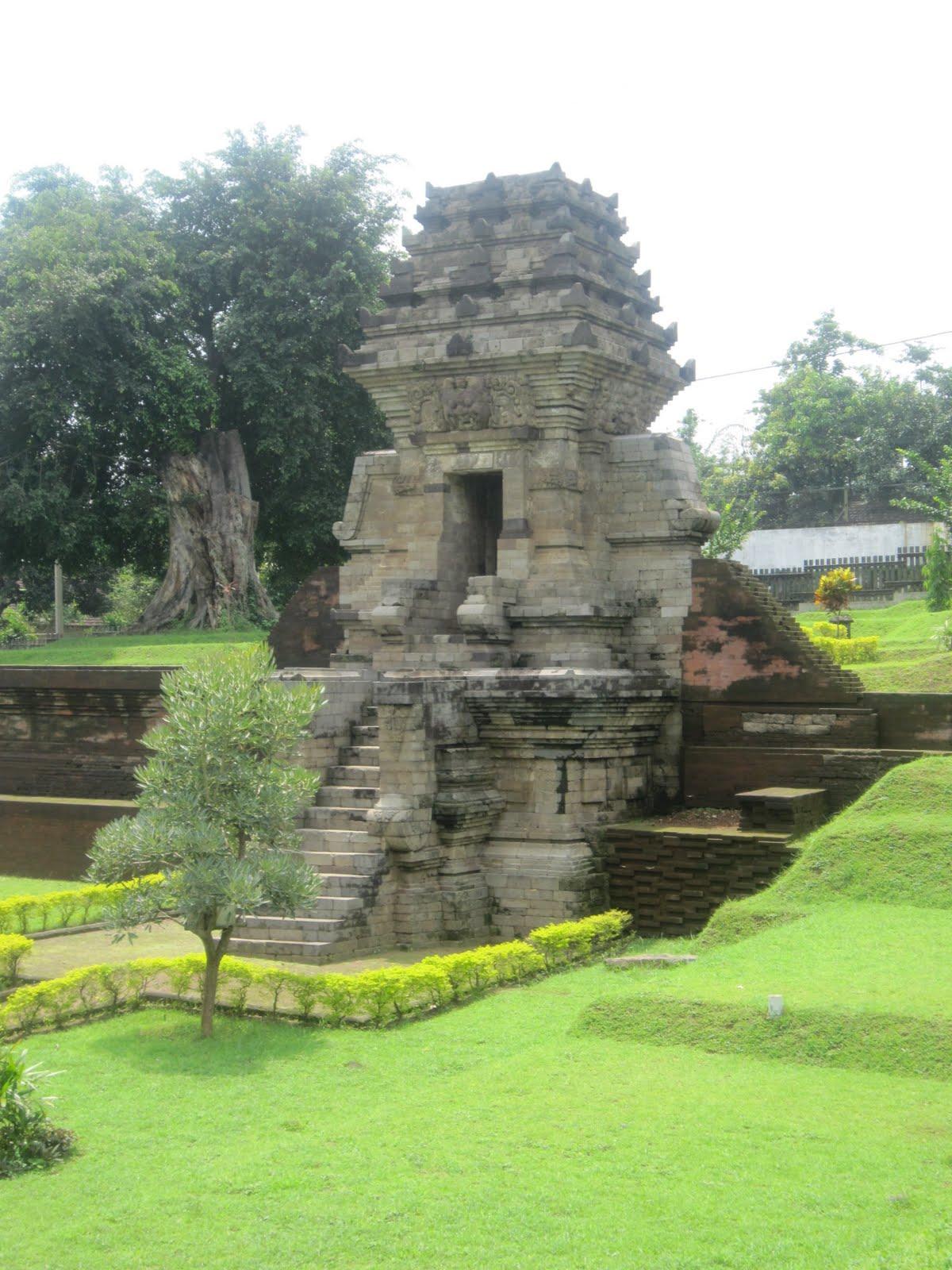 Jedong Temple Candi Kab Mojokerto