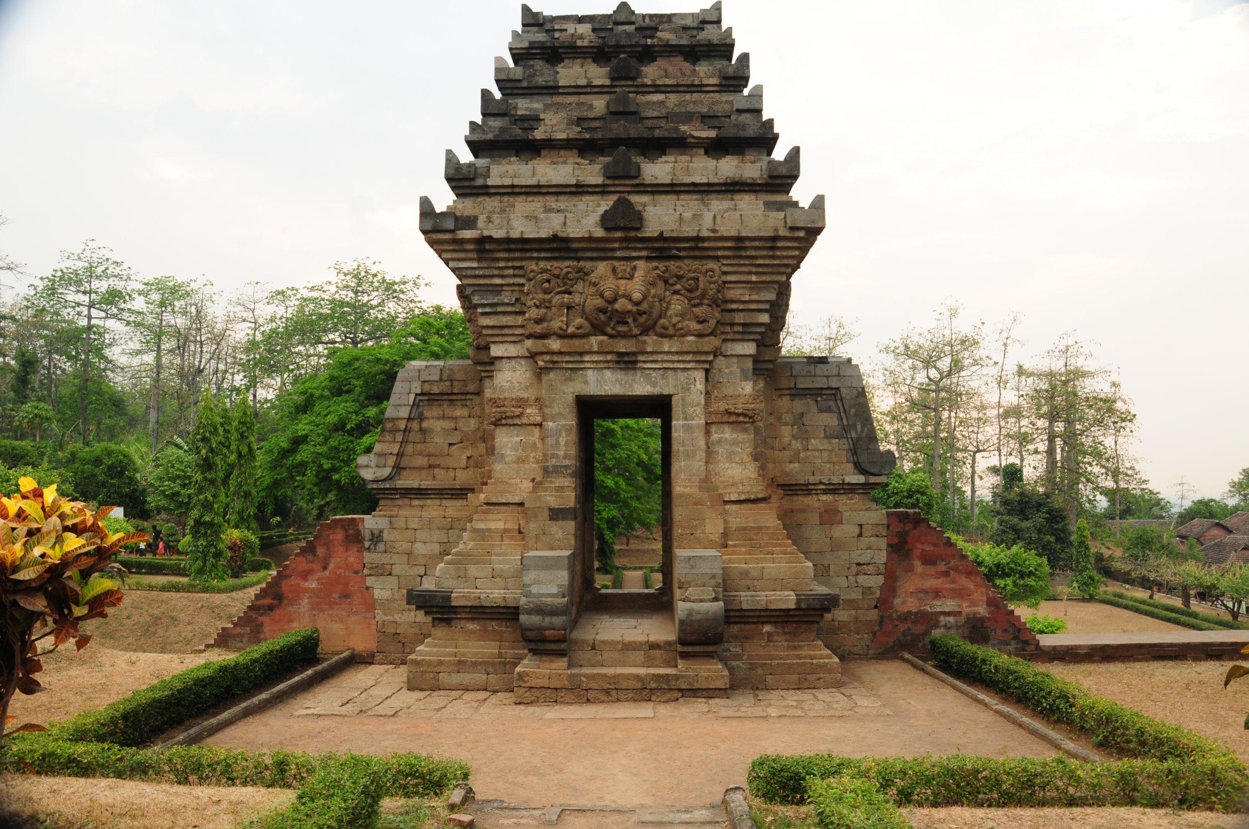 Jedong Temple Pecintawisata Relief Candi Kab Mojokerto