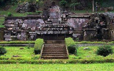 Candi Jolotundo Mojokerto Jawa Timur Kab
