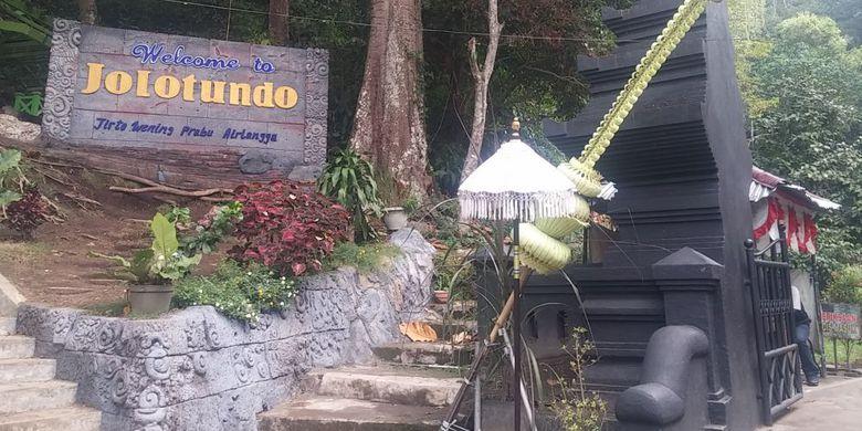 Candi Jolotundo Wisata Religi Mojokerto Airnya Bikin Awet Muda Pintu
