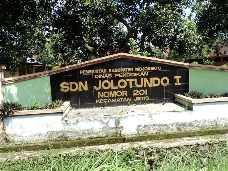 Sekolah Kita Slideshow Maker Candi Jolotundo Kab Mojokerto
