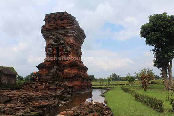 Mojokerto Tourism Candi Bangkal Kesiman Kab